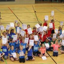 Kinderleichtathletik-Wettkampf Marburg - kleine Gruppe, große Stimmung