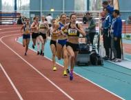 Hessische Hallenmeisterschaften - Julia mit DM-Norm über 800m