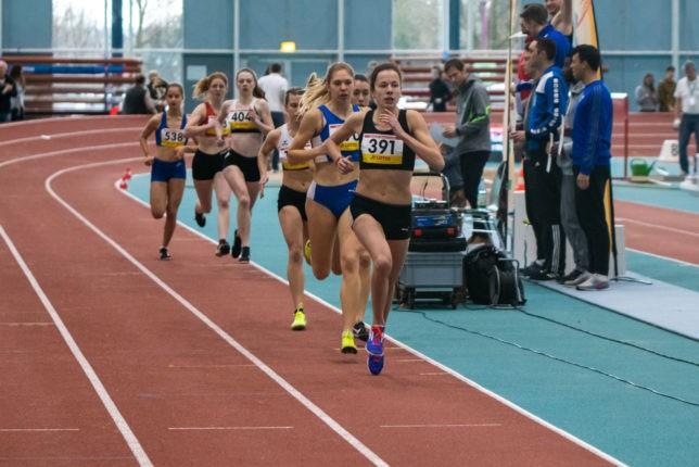 Hessische Meisterschaftenn Halle 2020 Frankfurt Julia 800m